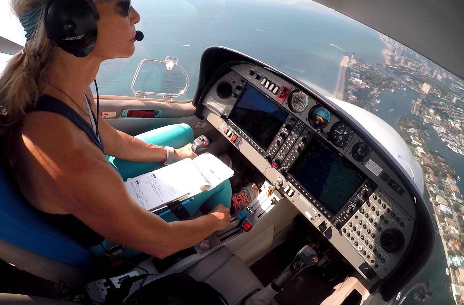 Dare to Dream Airplane Rental DA40 Pompano